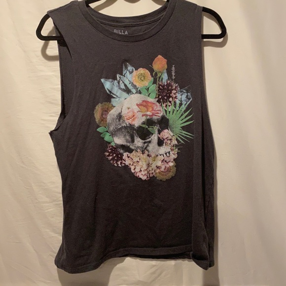 Billabong floral skull tank size medium in EUC